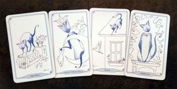 bleu-cat-tarot-05-this-crooked-crown